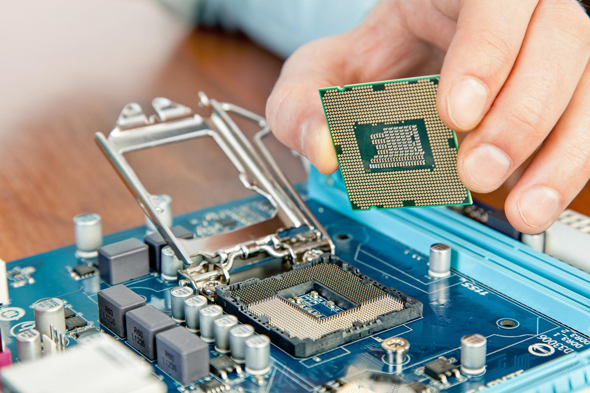 Curso de Técnico de Informática (Manutenção e Reparação)