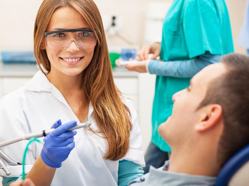 dental-assistant_thumb